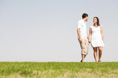 صورة صور حب الزوج , زوج يحب زوجته