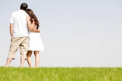 بالصور صور حب الزوج , زوج يحب زوجته 5741 11