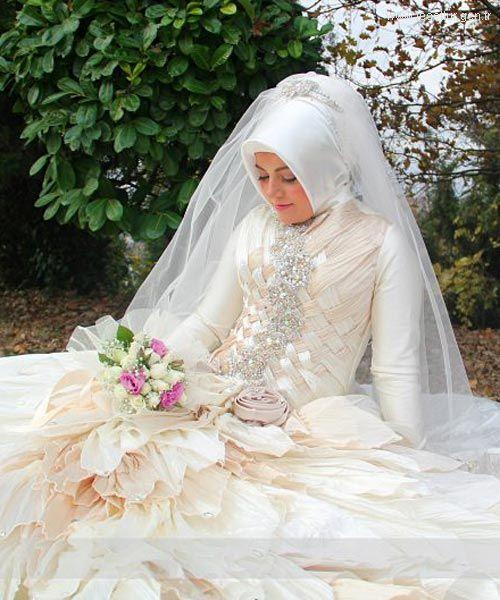 صور فساتين طويلة للمحجبات , احدث فساتين الزفاف