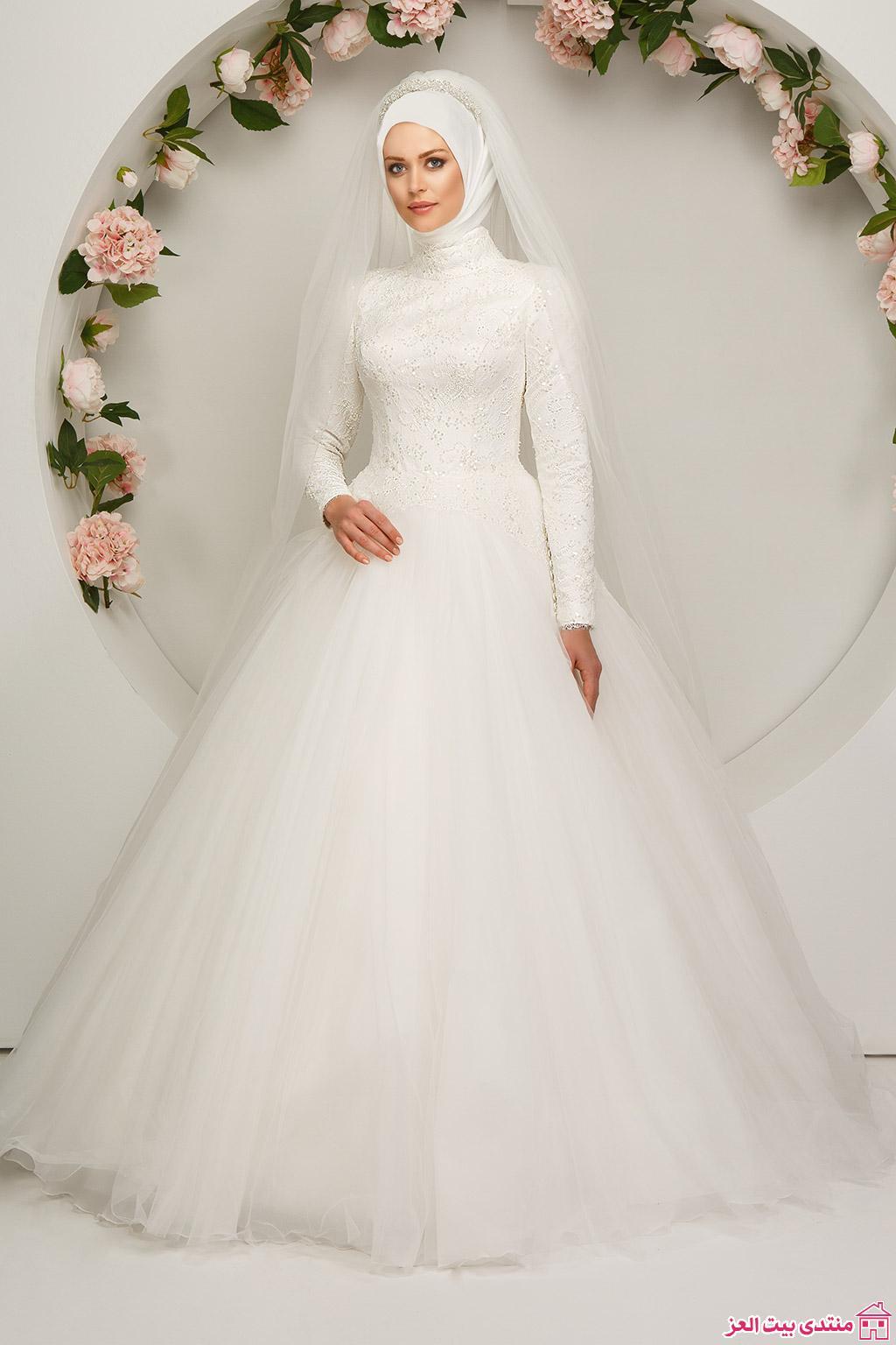 بالصور فساتين زفاف محجبات , اجدد تفصيلات وتصاميم فساتين الافراح 1998 7