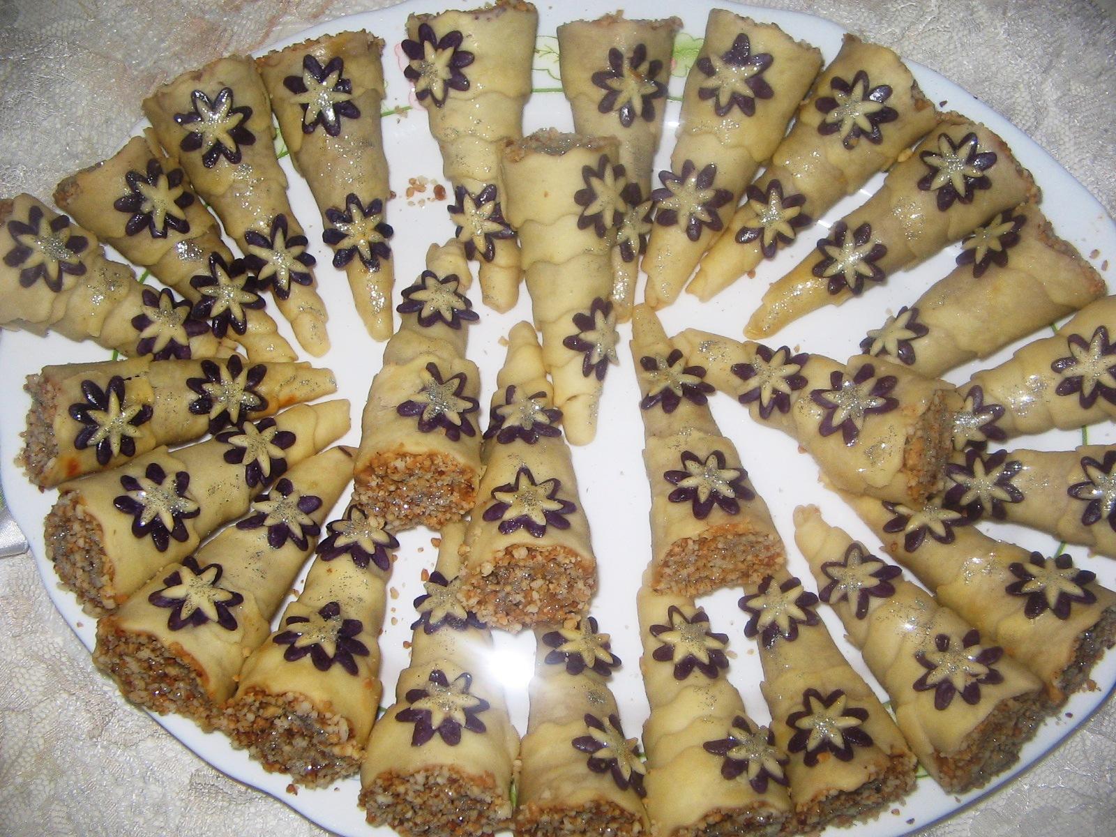 صورة حلويات جزائرية بسيطة بالصور , اشهى حلويات الجزائر 2071 1