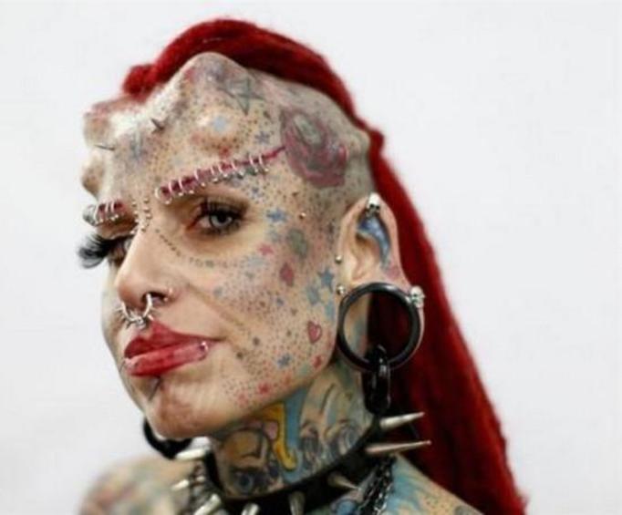 بالصور اقبح نساء العالم , صور سيدات قبيحة جدا 2419 4