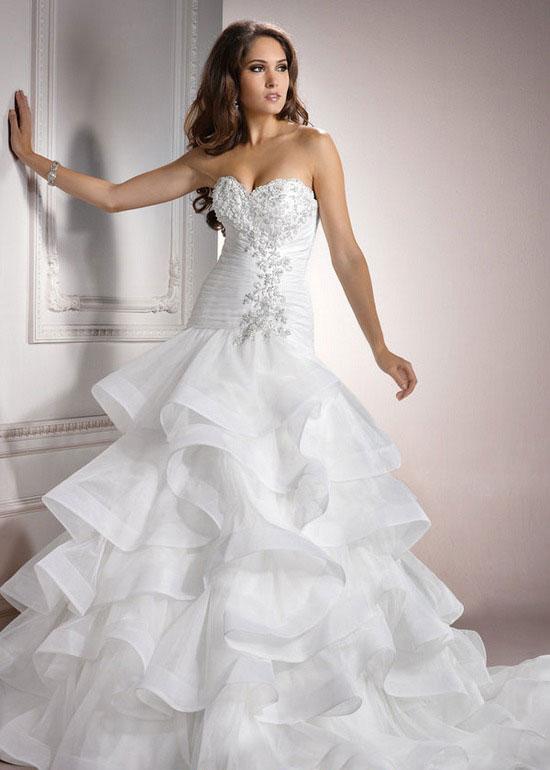 صورة صور عن العروس , بالصور البومات العرس من الاساسيات 3452 6