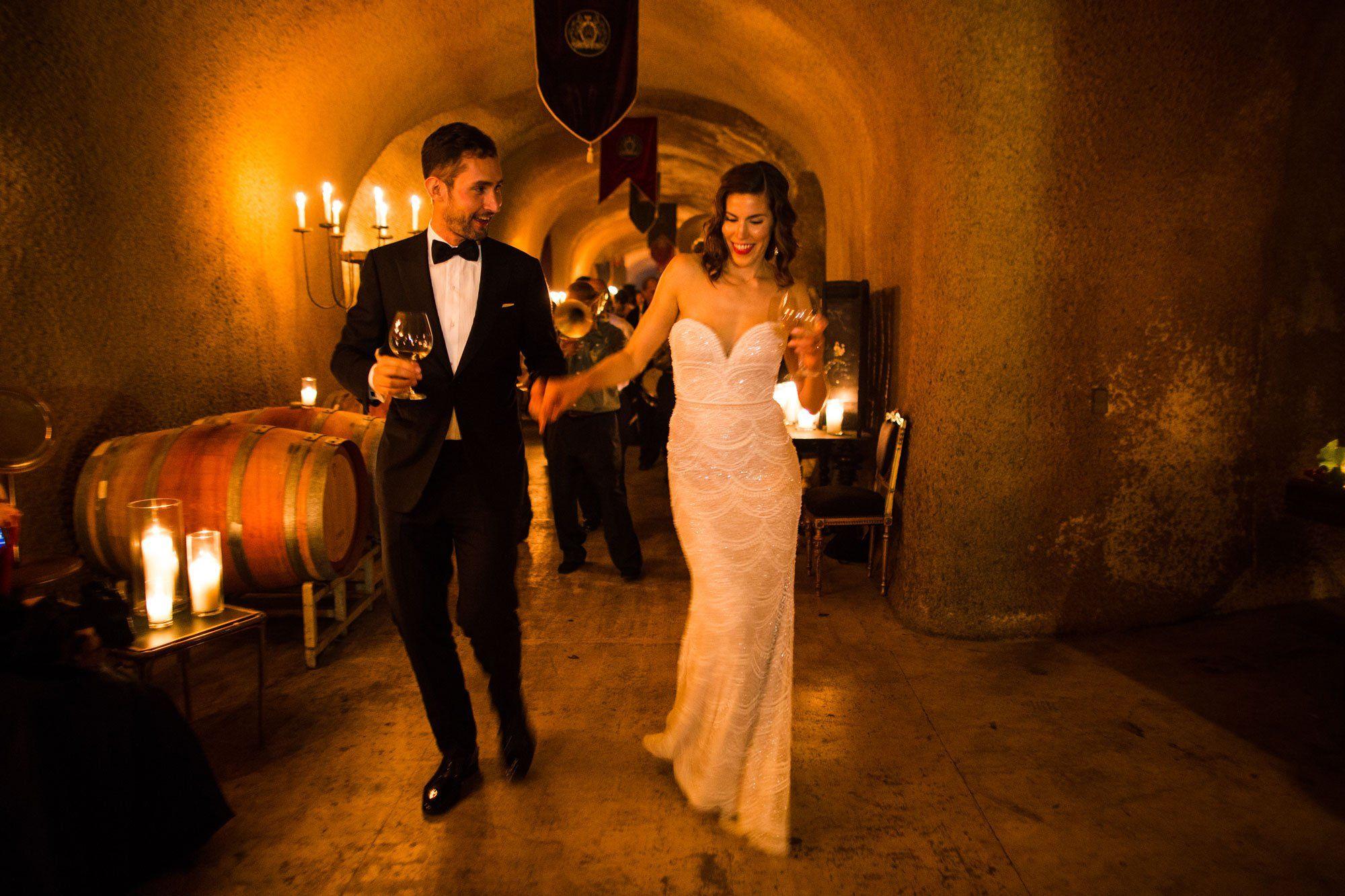 صورة صور عن العروس , بالصور البومات العرس من الاساسيات 3452 9