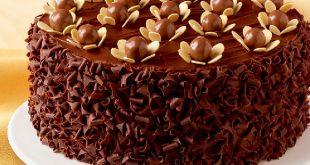 صور طريقة تزيين كيكة الشوكولاته , تعرف على اسهل طريقة لتزيين كيكة الشكولاته
