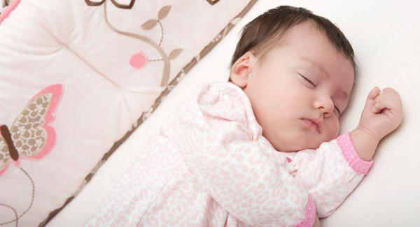 بالصور صور اطفال نايمين , اروع صور اطفال نائمة تشبه الملائكة 14179 3