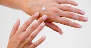 بالصور اسباب جفاف اليدين , الترطيب السريع لليد 14296 1.png 310x165