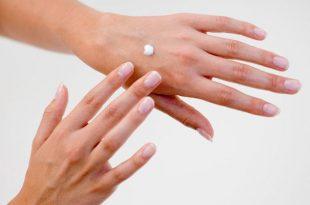 صورة اسباب جفاف اليدين , الترطيب السريع لليد