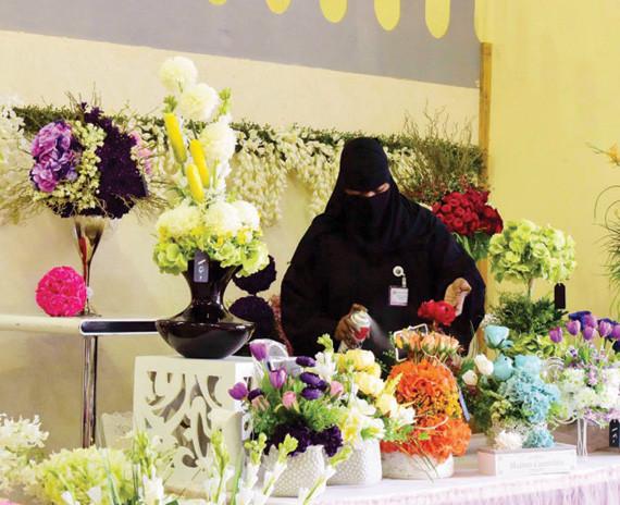 بالصور تنسيق زهور صناعية , الزهور الصناعية احلى من الطبيعية 14397 8