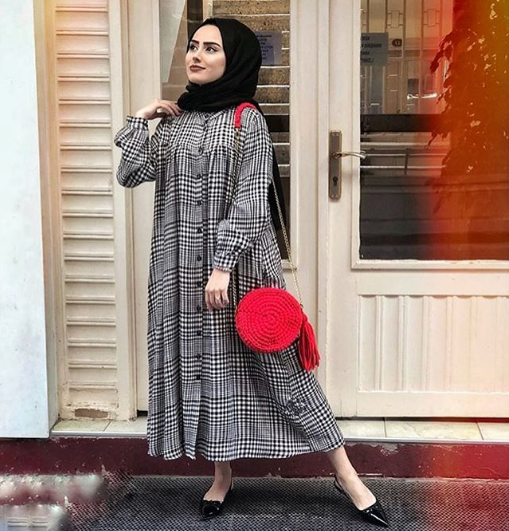 صورة موضة 2019 للمحجبات , كونى محجبة علي الموضة هذا العام