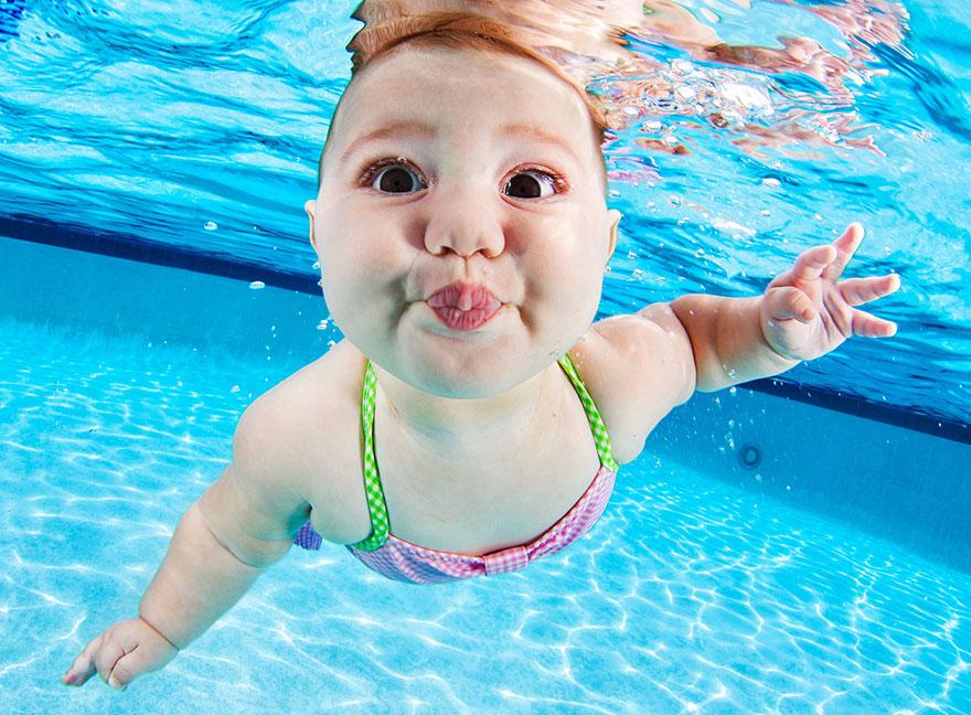 صور صور اطفال يسبحون , اجمل الصور اطفال يسبحون