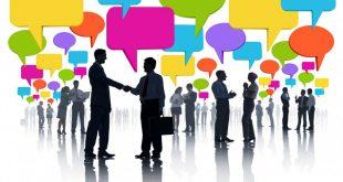 صورة طرق لتنمية مهارات التواصل , التواصل بالعين مهم ويعطي انطباعات جيدة