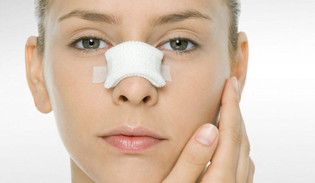 صورة اضرار عمليات التجميل , معلومات خطيرة عن التجميل لابد من معرفتها