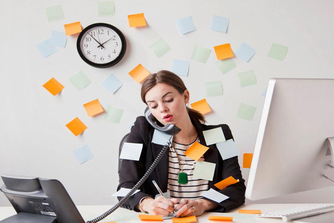 صورة العمل تحت ضغط , الهدوء مهم لتجاوز العقبات اثناء العمل