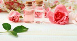 صورة استخدامات ماء الورد, التخلص من مشاكل الوجه